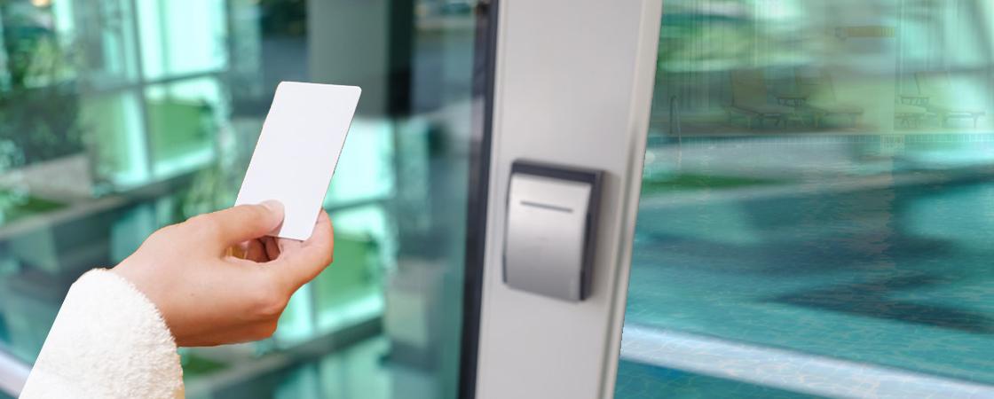 Praėjimo kontrolė ir automatizuota darbo laiko apskaita